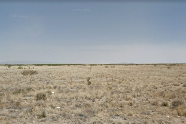2.21 acres Lot in Willcox, AZ. APN# 203-14-045 Street view of the property
