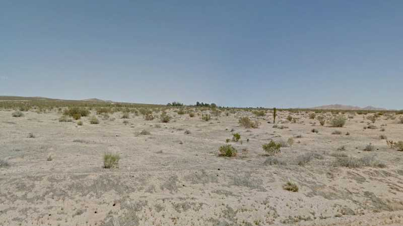 1.22 acres Lot in Lancaster, CA. APN# 3314-010-017 Street view of the property.