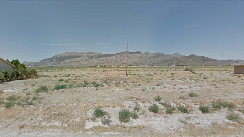 0.20 Acre Lot in Pahrump, NV. APN#030-114-13 Street view of the property