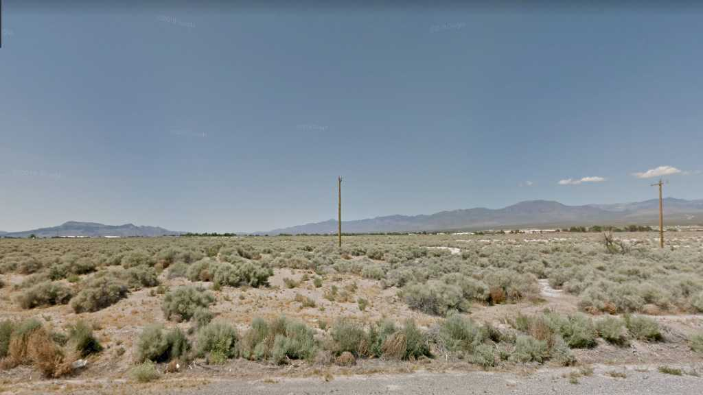 0.20 Acre Lot in Pahrump, NV. APN#042-342-02 Street view of the property