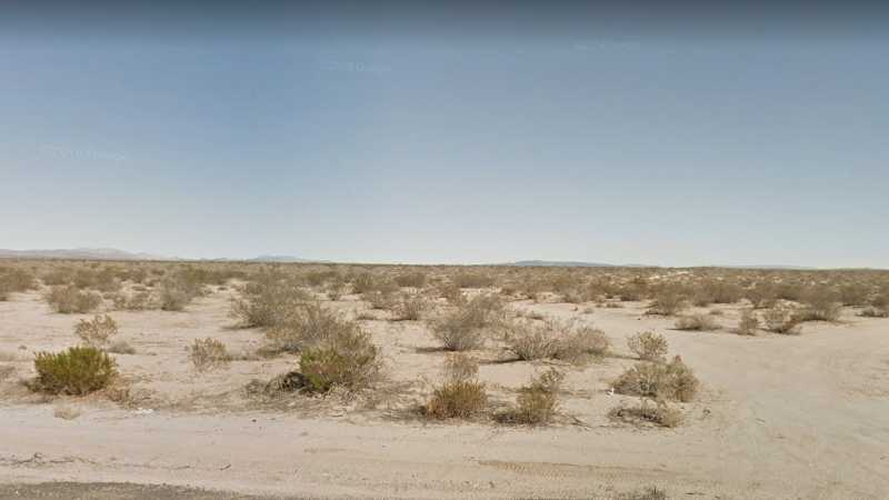 20.22 acres Lot in Hinkley, CA. APN# 0490-042-07 Street view of the property.