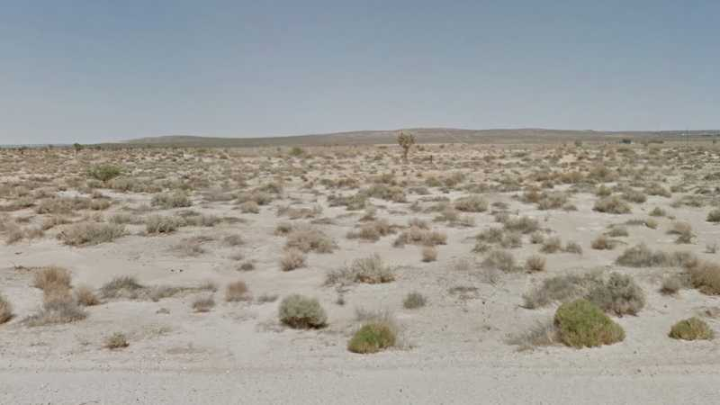 2.27 Acres Lot in Lancaster, CA. APN#3310-011-004 Street view of the property