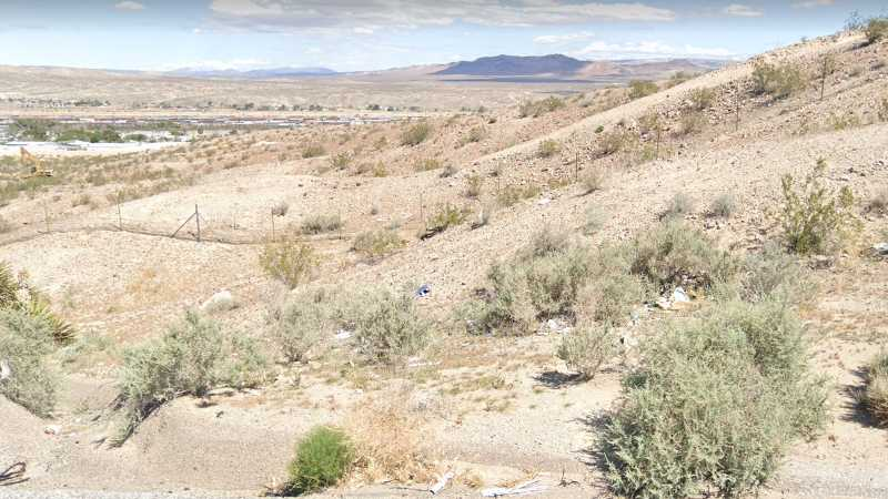 0.60 Acre Lot in Barstow, CA. APN#0182-181-13-0000 Street view of the property
