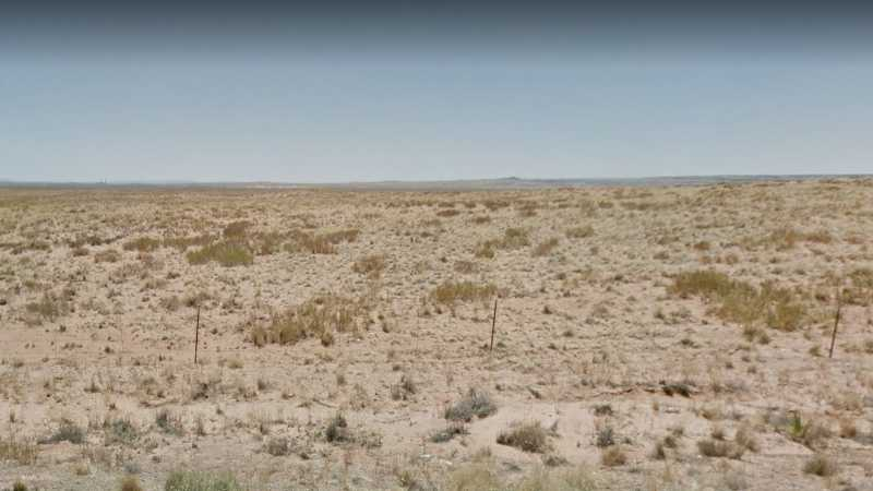 1.33 acres Lot in Holbrook, AZ. APN# 105-53-328 Street view of the property
