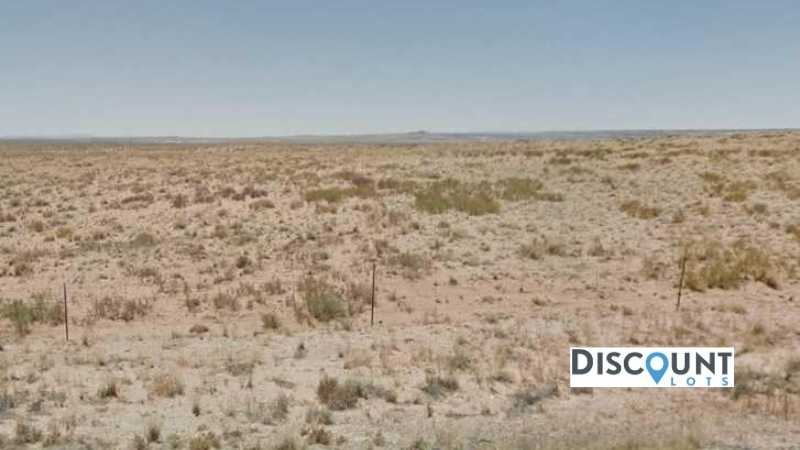 1.25 acres Lot in Holbrook, AZ. APN# 105-54-332 Street view of the property