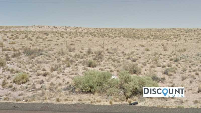 1.27 acres Lot in Holbrook, AZ. APN# 105-56-203 Street view of the property