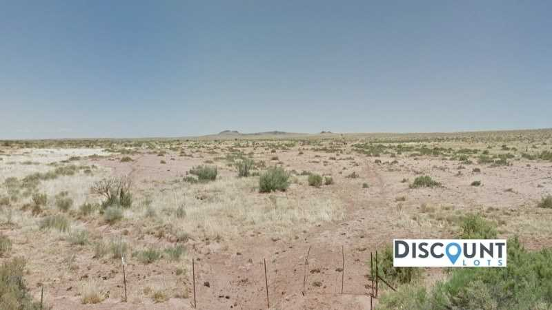 1.3 acres Lot in Holbrook, AZ. APN# 105-59-249 Street view of the property
