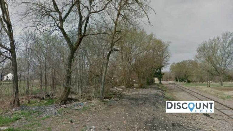 0.08 acres Lot in Independence, KS. APN# 087-36-0-30-08-001.00-0 Street view of the property