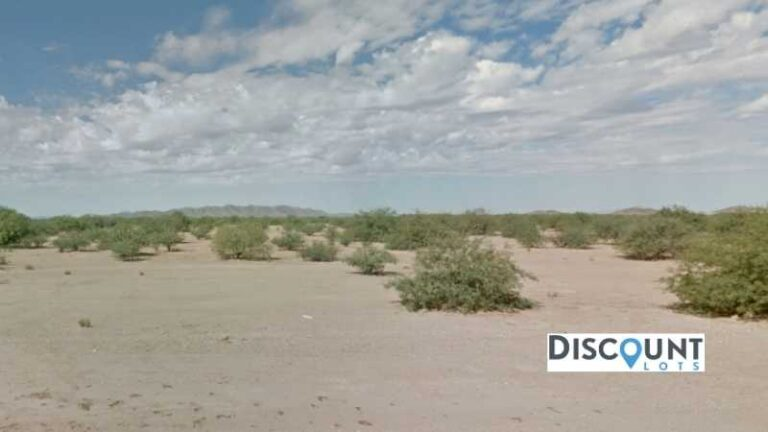 0.28 acres Lot in Eloy, AZ. APN# 404-15-016 Street view of the property
