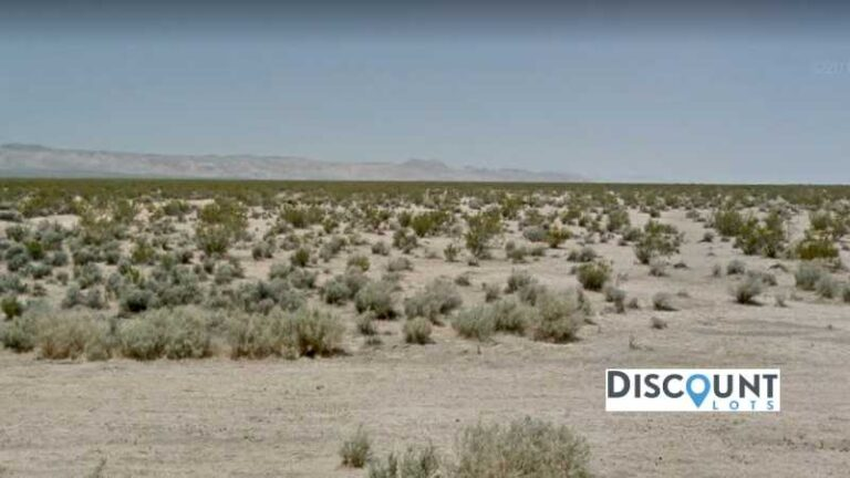 2.5 acres Lot in California City, CA. APN# 428-232-21 Street view of the property