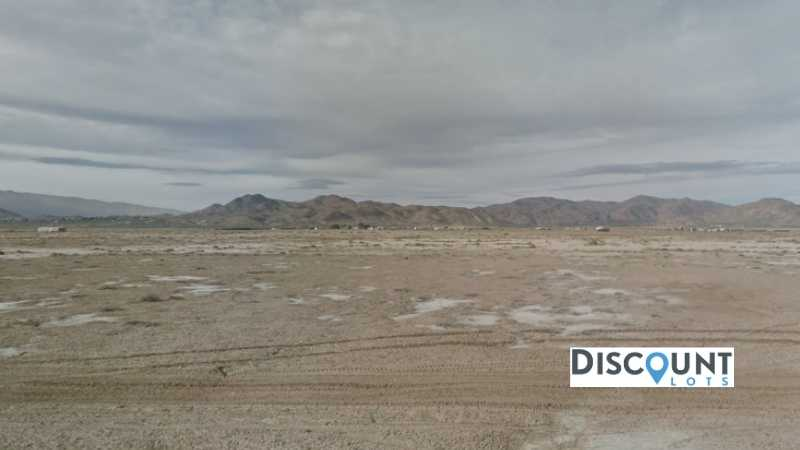 2.31 acres Lot in Lucerne Valley, CA. APN# 0452-223-11-0000 Street view of the property
