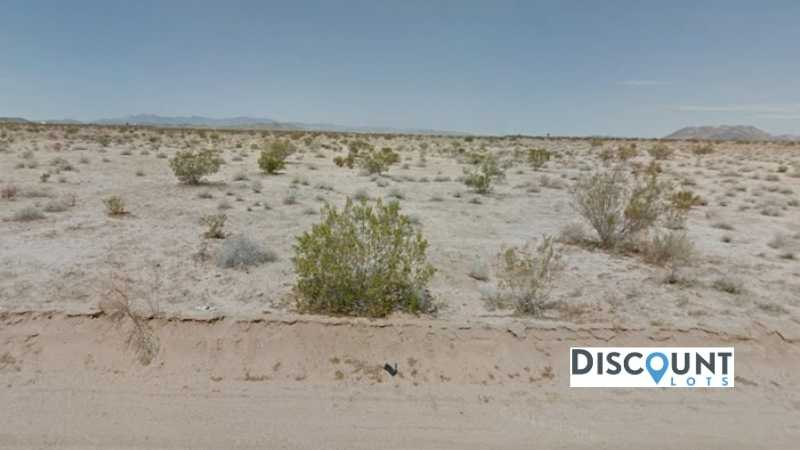 2.10 acres Lot in Landers,CA. APN# 0631-233-01-0000 Street view of the property