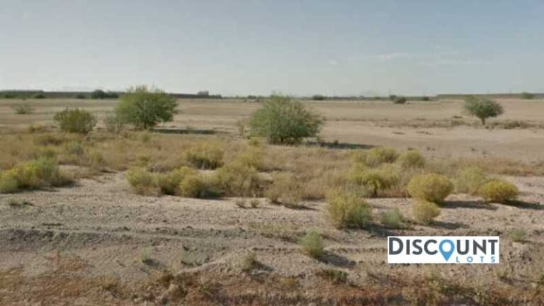 0.38 acres Lot in Eloy,AZ. APN# 404-19-228 Street view of the property
