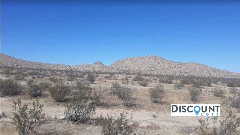 1.27 acres Lot in Lancaster,CA. APN# 3374-021-016 Street view of the property