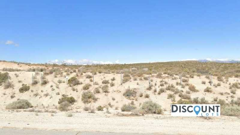 1.25 acres Lot in Mojave, CA. APN# 431-121-07-00 Main Street View Front
