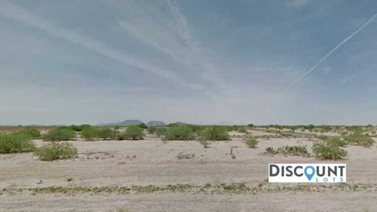 0.19 acres Lot in Eloy, AZ. APN# 511-62-33908 Main Street View Front