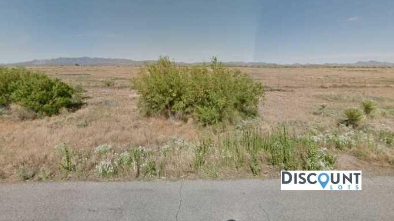 APN 404-44-049 - Main Street View Front