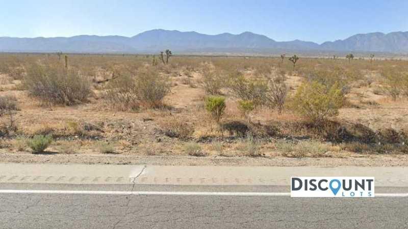 APN 3062-002-060 - Main Street View Front