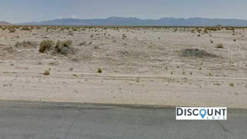 APN 3030-025-043 - Main Street View Front