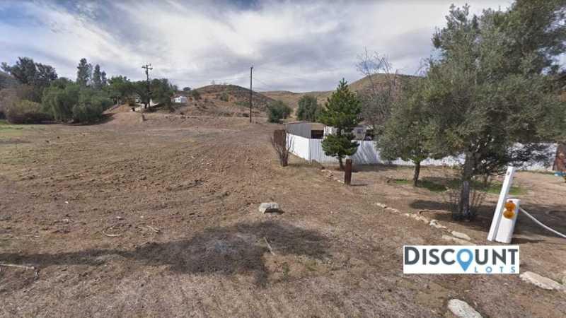 APN 375282002 - Main Street View Front