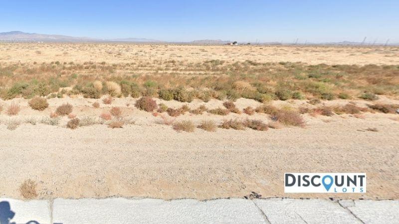 APN 3263-019-043 - Main Street View Front