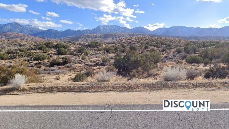 APN 3060-005-055 - Main Street View Front